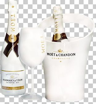 White Wine Champagne Moxebt & Chandon Bottle PNG